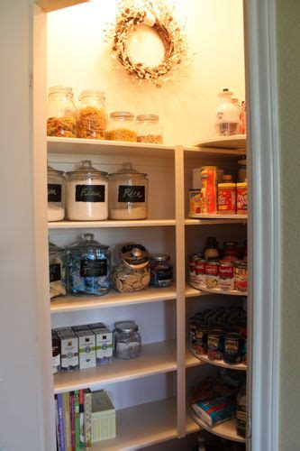 Diy Lazy Susan Pantry by Pantry Makeover With Diy Carousels From Decorchick Now