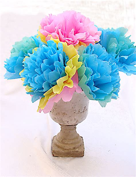 How To Make Mexican Crepe Paper Flowers - make a festive bouquet with crepe paper flowers