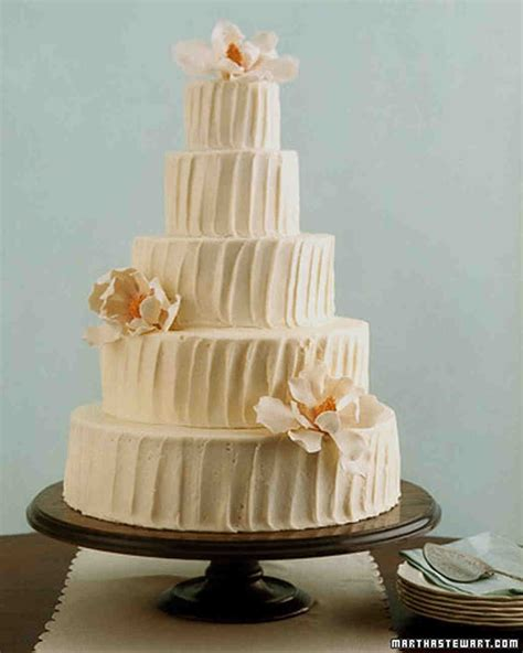 Velvet Weddingku by Time Favorites Velvet Wedding Cake