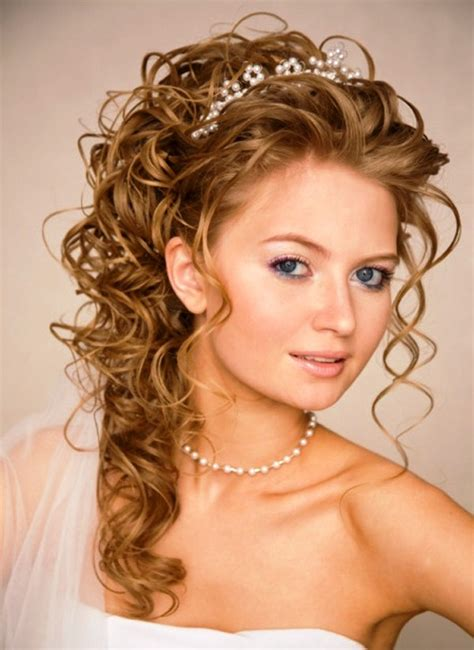 11 awesome and curly wedding hairstyles awesome 11