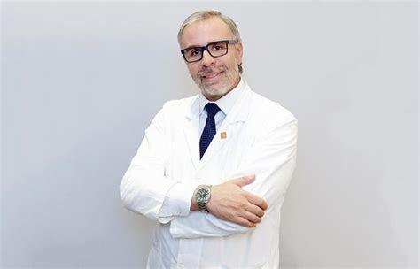 dott testa medici chirughi specialisti nella rimozione tatuaggi