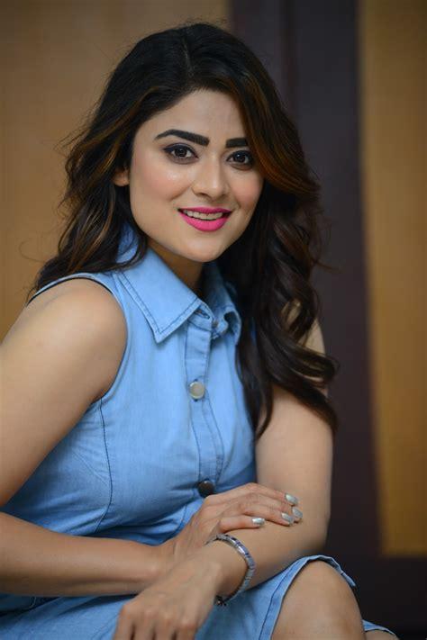 priyanka sharma  savaari  trailer launch south indian actress