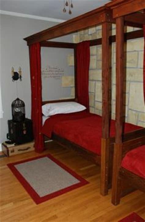 hogwarts bedroom ideas 1000 images about hogwarts bedroom ideas for kids fink on pinterest hufflepuff