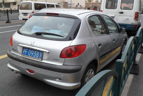 peugeot china file peugeot 206 china 2012 04 04 rear jpg wikimedia commons
