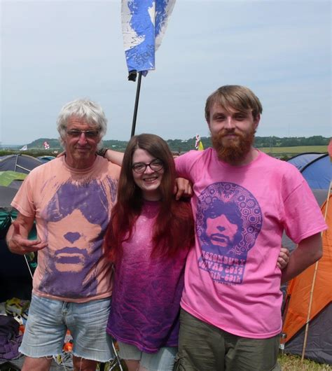 is ellie really ready to go from gothic what not to wear 2014 glastonbury festival page 9
