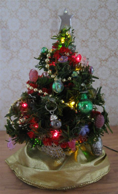miniature christmas tree doll house battery lights ooak