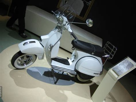 vespa p125x p150x p200e scooter service repair manual