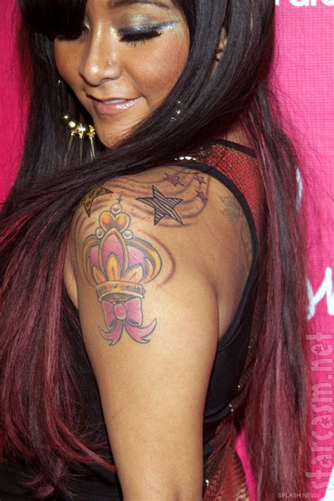 snooki tattoos photos snooki shows new tattoos at 24th birthday