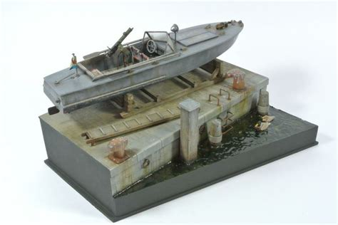 Kw Submarine Model Kit Trafalgar Ship Kapal One soviet armoured boat nkl27 1 35 scale model diorama