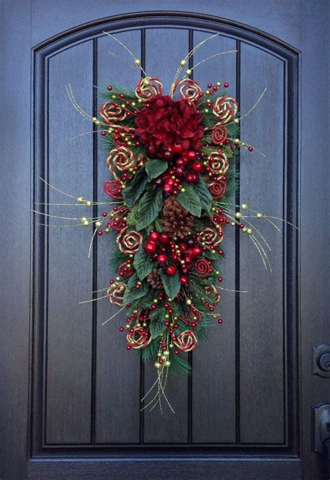 1000 ideas about door swag on pinterest christmas swags