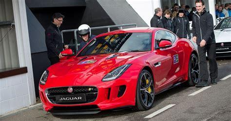 Jaguar F Type R Coup 233 Harry Fahr Schon Mal Den Wagen Vor