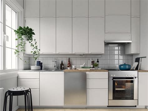 ceiling high kitchen cabinets kitchen cabinets up to the ceiling create more storage