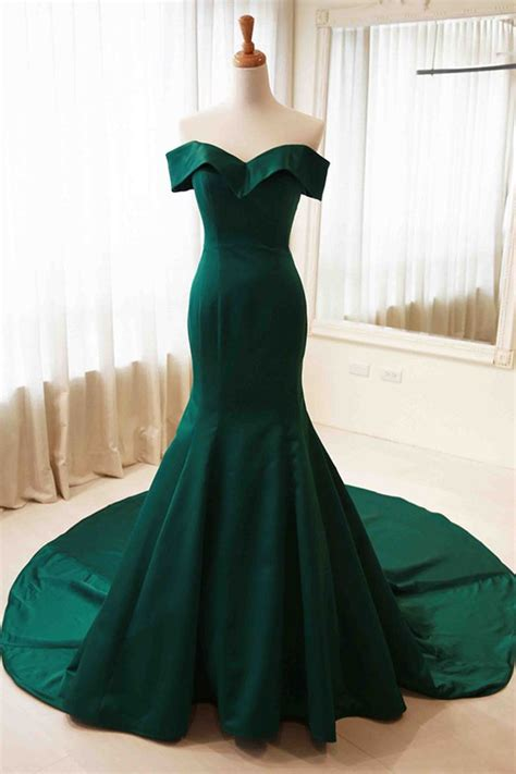 Greeny Dress 17 best ideas about green formal dresses on