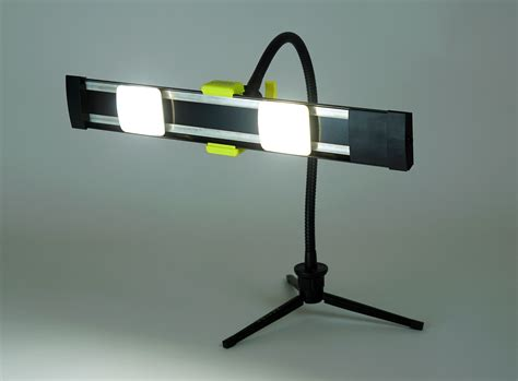 led gooseneck work light agilux 1800 lumen portable led work light with gooseneck