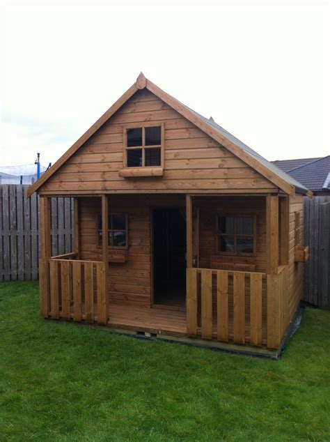 castle play house charley s castle playhouse 10 6x10 children s playhouse