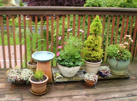 Deck Gardens by Bzesty 187 Deck Garden