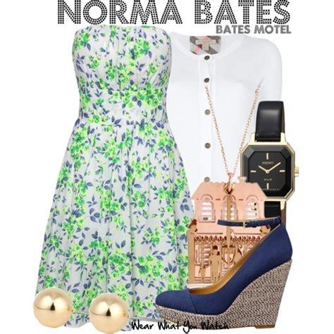 Bates Motel Wardrobe i