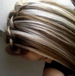 blonde streaks for greying hair 25 best ideas about blonde streaks on pinterest blonde