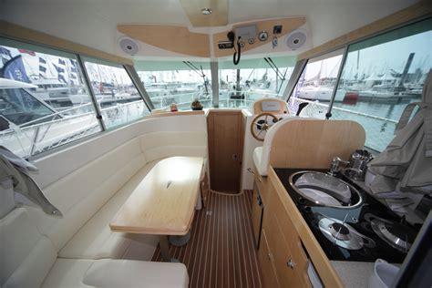 bateau 224 moteur ocqueteau range cruiser 885 inboard