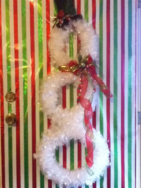 christmasbtrees out of hangers 17 best images about crafts cloth es hangers on wall signs trees and