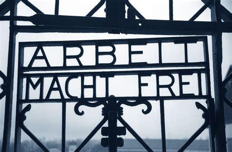 scritta ingresso auschwitz auschwitz la storia