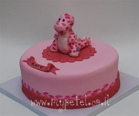 pink dino cake birthday cakes dino cake dinasour birthday dinosaur cake
