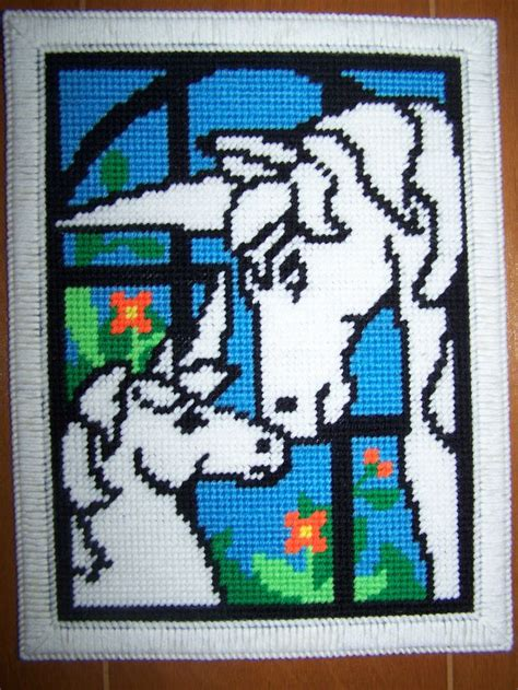 unicorn needlepoint pattern 11 best plastic canvas unicorns images on pinterest