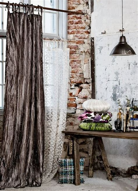 brooklyn loft  exposed brick  flowy
