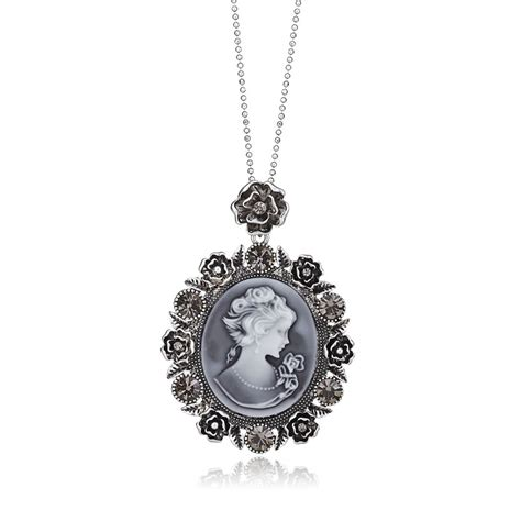 cameo pendant necklace vintage cameo necklace silver