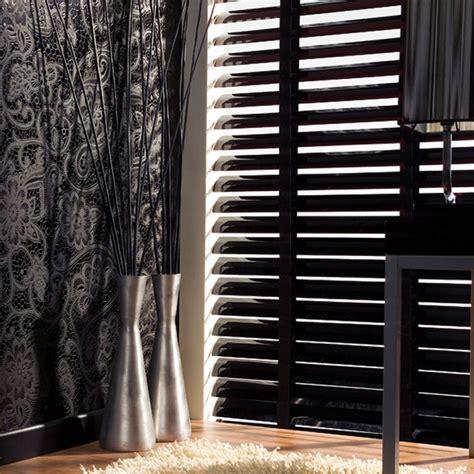jalousien schwarz sch 246 ner wohnen alujalousie 50mm schwarz jaromondo shop