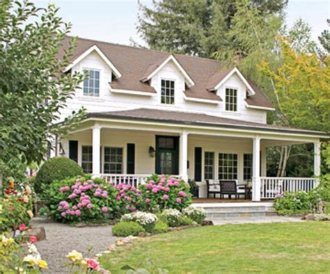 exterior paint colors with brown roof top 25 best brown roofs ideas on exterior