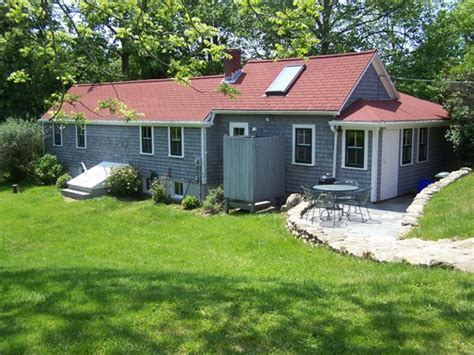 Last Minute Cottage Bookings 2 bedroom cottage available august 6th 13th block island times