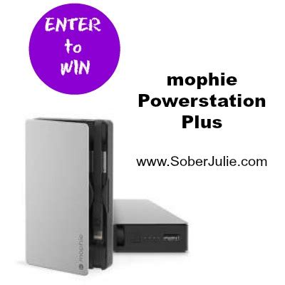 Mophie Giveaway - hack your vacation with these 3 tech accessories sober julie