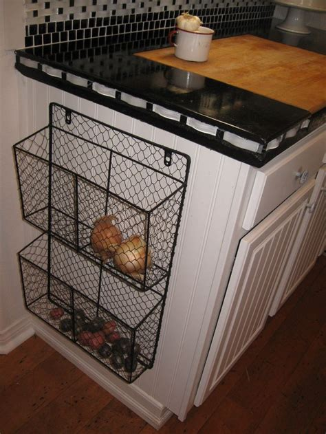How To Store Potatoes And Onions In Pantry by Best 25 Door Storage Ideas On Diy Projects