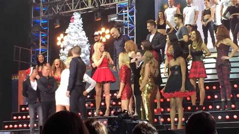 the big reunion cast i wish it could be christmas