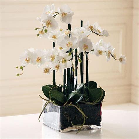 bedroom flower arrangements 1000 images about bedroom on pinterest paint colors