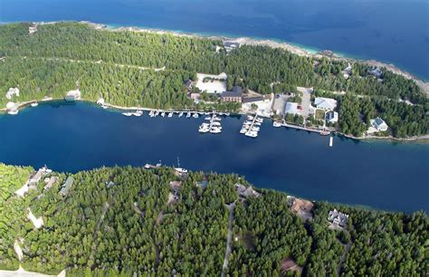 ontario cottage rentals tobermory canam lake house tobermory visit tobermory on the bruce peninsula