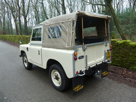 1975 land rover joj 265n 1975 series 3 soft top land rover centre