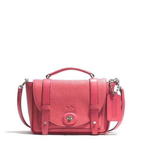 Mini Ion Massenger Refleksasi Pink lyst coach bleecker mini messenger bag in pebbled leather in pink