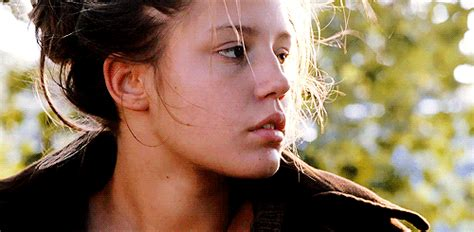 adele exarchopoulos zodiac face claims ad 232 le exarchopoulos wattpad