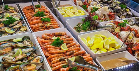 Gold Coast Dining Offers Four Winds 360 176 Revolving Four Winds Buffet