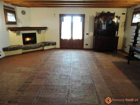 pavimento rustico per interno pavimento rustico in tavella gialla e rossa