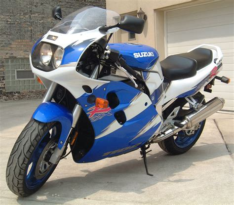 West Suzuki 1998 Suzuki Gsx R 1100 W Pics Specs And Information