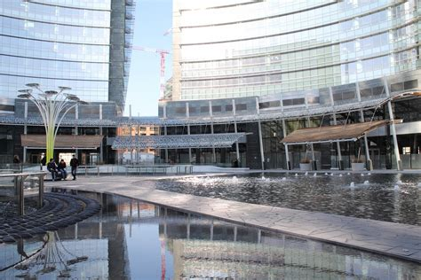 30 Square Meters Piazza Gae Aulenti Where Milan What To Do In Milan