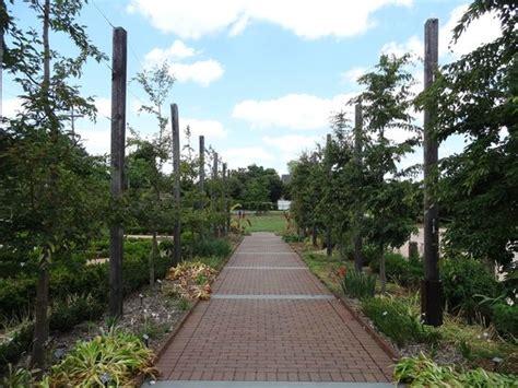 Paul J Ciener Botanical Garden Corridor Walkway Picture Of Paul J Ciener Botanical Garden Kernersville Tripadvisor