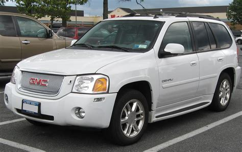 how to learn all about cars 2005 gmc canyon free book repair manuals file gmc envoy denali 08 21 2009 jpg wikipedia