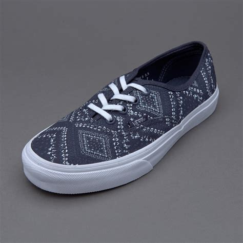 Sepatu Vans Authentic Black White Sz 39 44 Premium sepatu sneakers vans womens authentic ditsy bandana