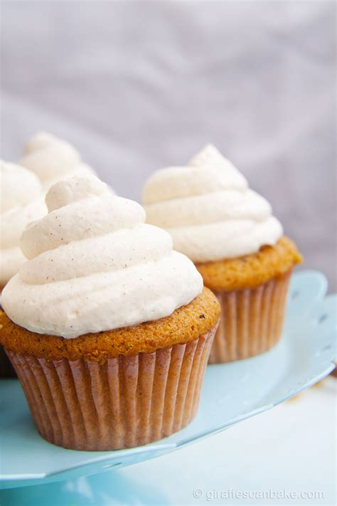 Cupcake Cinnamon cupcakes with cinnamon frosting giraffes can