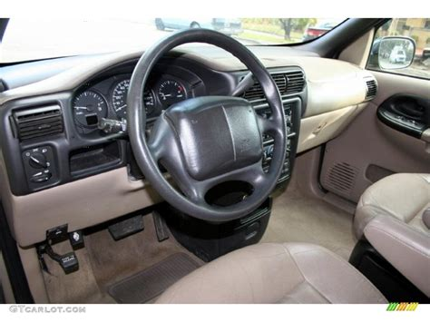 Chevy Venture Interior by Neutral Interior 2000 Chevrolet Venture Lt Photo 40024714