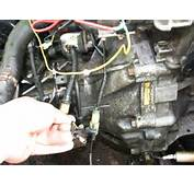 Where Do These Two WIRES PLug UP AT 89 SI CIVIC  Honda